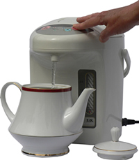 Image of superkettle filling teapot