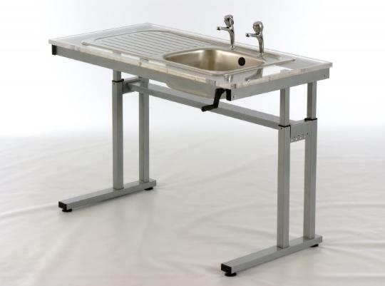 Height adjustable frame for sink