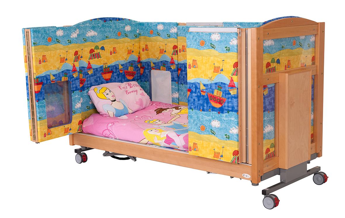 Theraposture's Mascot modular care cot