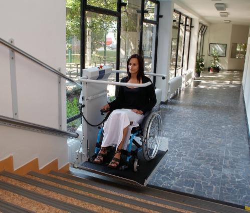 S7 SR wheelchair stairlift