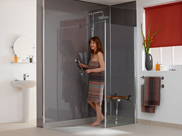 2 stimulate wet room premier care in bathing for Premier care bathrooms