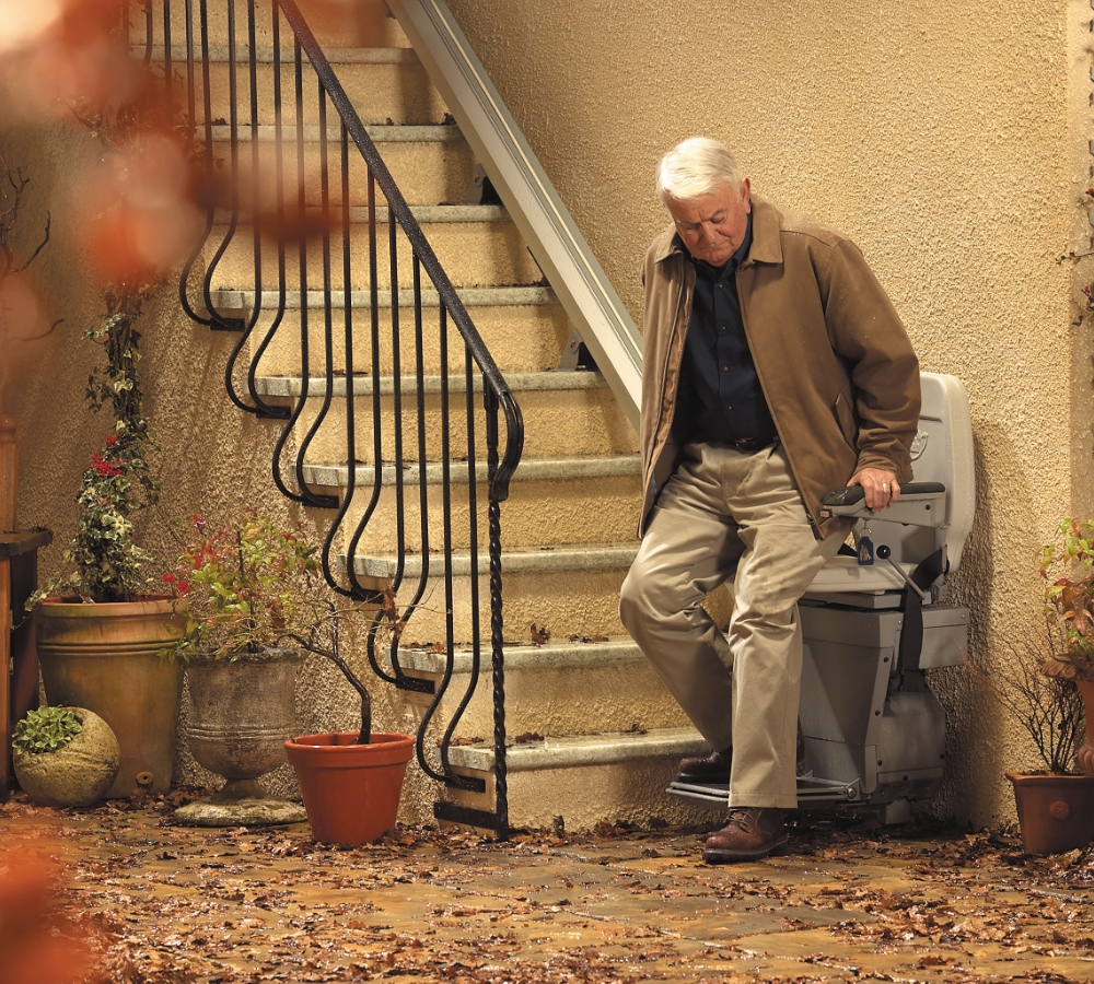 outdoor stairlift in use