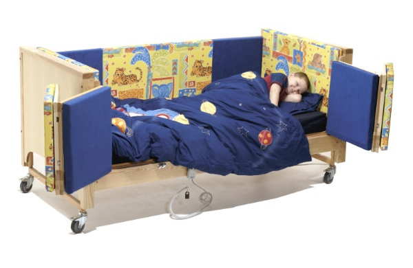 CosySafe Care Cot in use