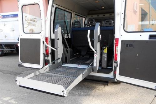 TRP Wheelchair vehicle lift