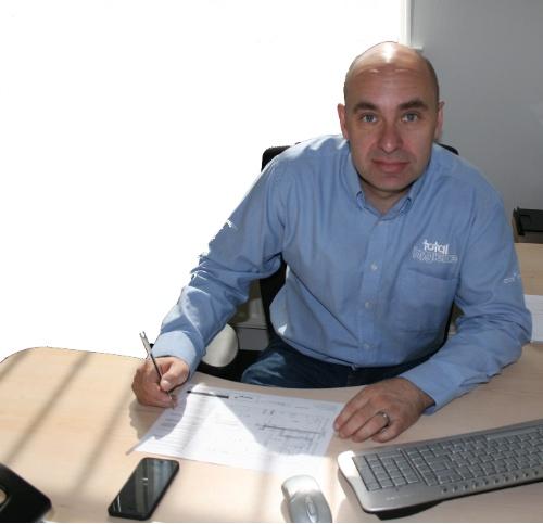Kelvin Grimes, Clos-o-Mat project manager